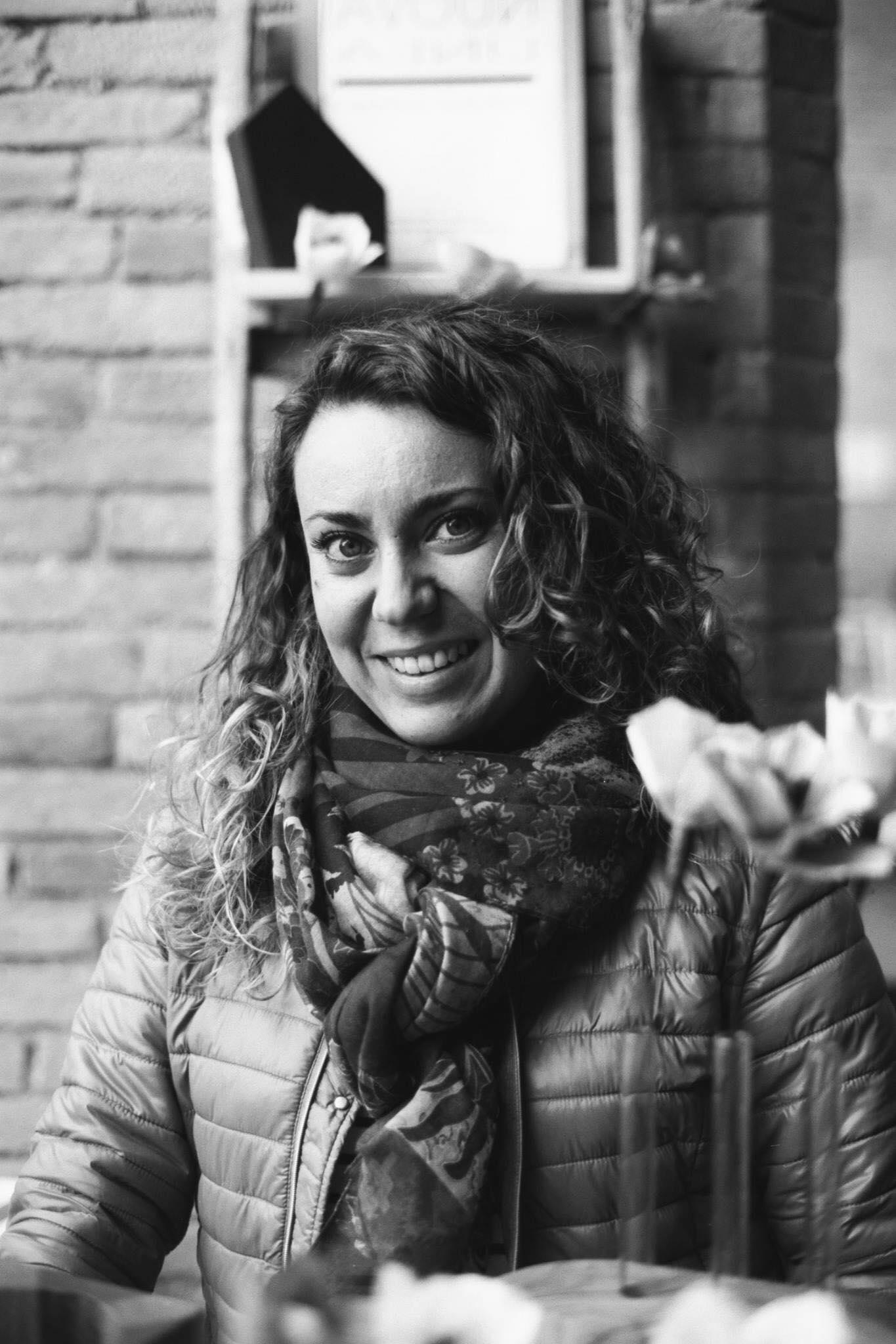 Anna Bertinelli – NUOVA LINEA produzioni di design